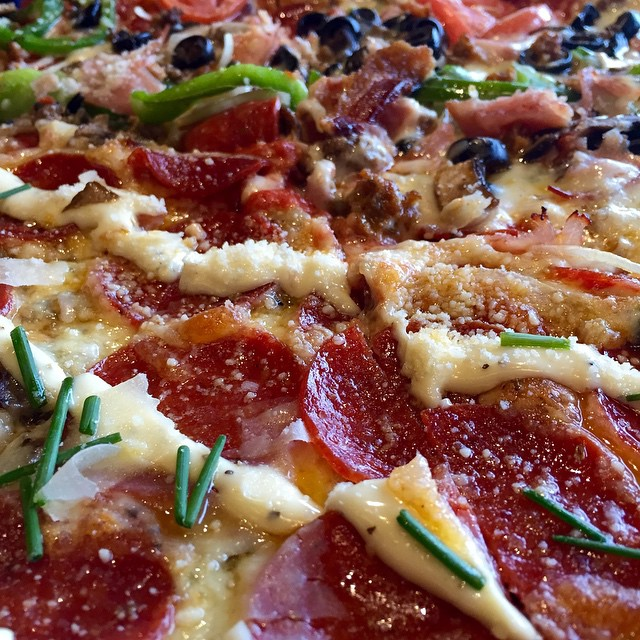 Mellow Mushroom Pizza Deluxe HolyShiitake
