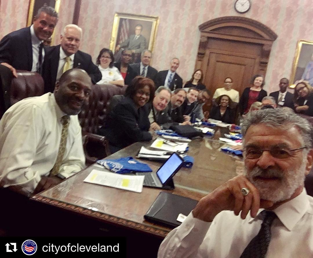 Repost cityofcleveland getrepost  Were embracing nationalselfieday here at CLEhellip