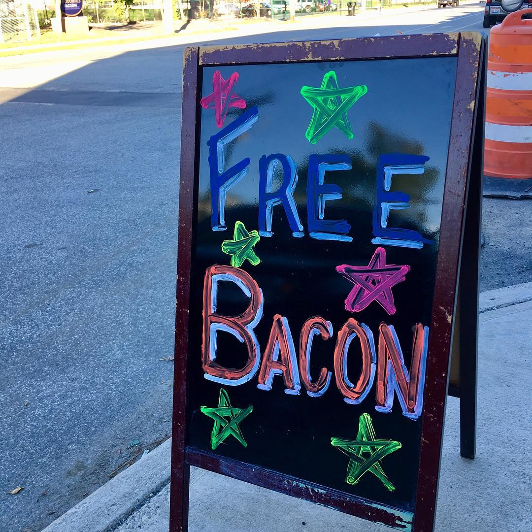 FREE BACON at smokinthymekitchen Burgers 14201 Madison Ave lakewood baconofinstagram